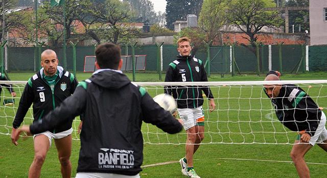 Sudamericana: San Lorenzo fue un ciclón y doblegó a Banfield
